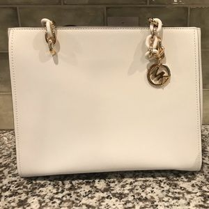 Michael Kors Sofia White Shoulder Tote Lrg handbag